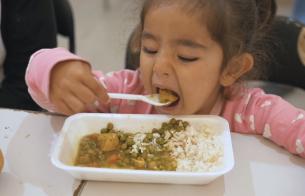 새해 첫 날, 난민들의 따뜻한 집밥 레시피를 공개합니다